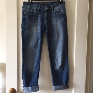 Mid-rise boyfriend Mavi Jeans